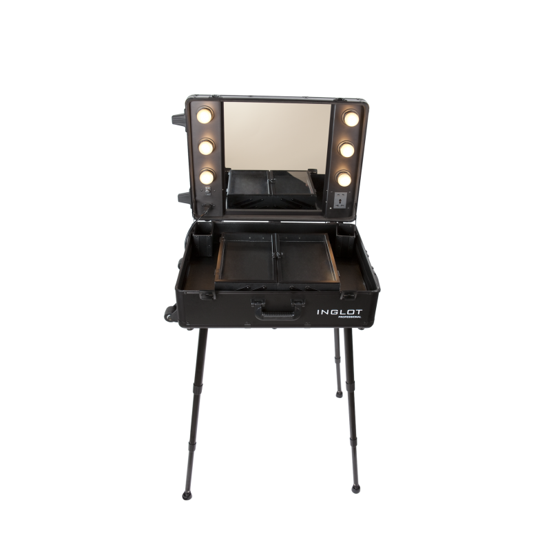 Beautiful ... Portable Lighted Makeup Station ...